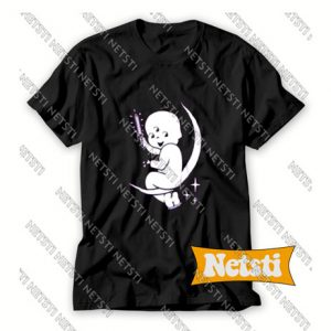 Baby with a knife on the moon Chic Fashion T Shirt